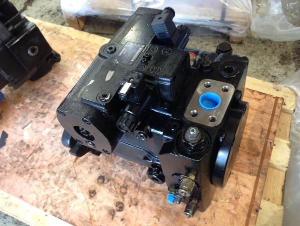 John Deere Timberjack 1270D / 1470D trans pump F062534