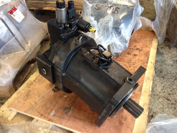 John Deere Timberjack 1270D / 1470D Trans motor F062681