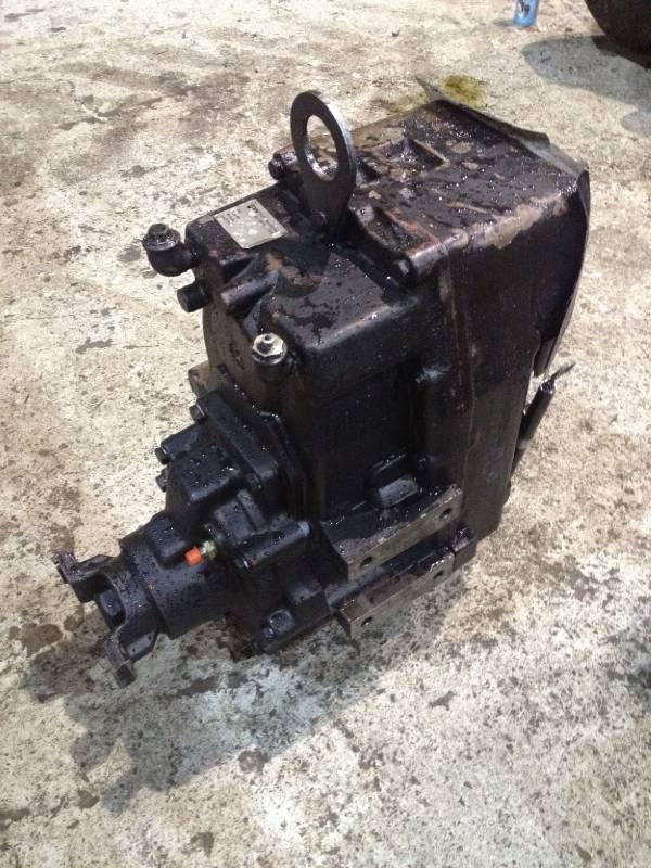 Valmet 890 Transfer gearbox VL48