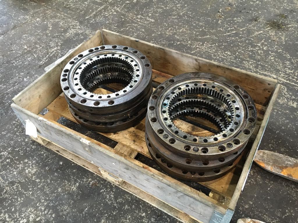 Timberjack 1110 / 1270B Bogie swivel bearing