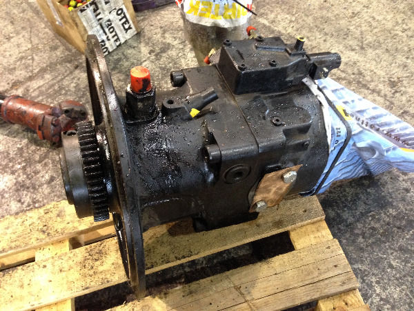 Valmet 941 Hydraulic pump 5067363