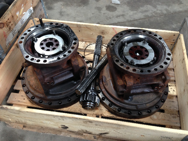 Valmet 860.1 brake housings & Half shafts