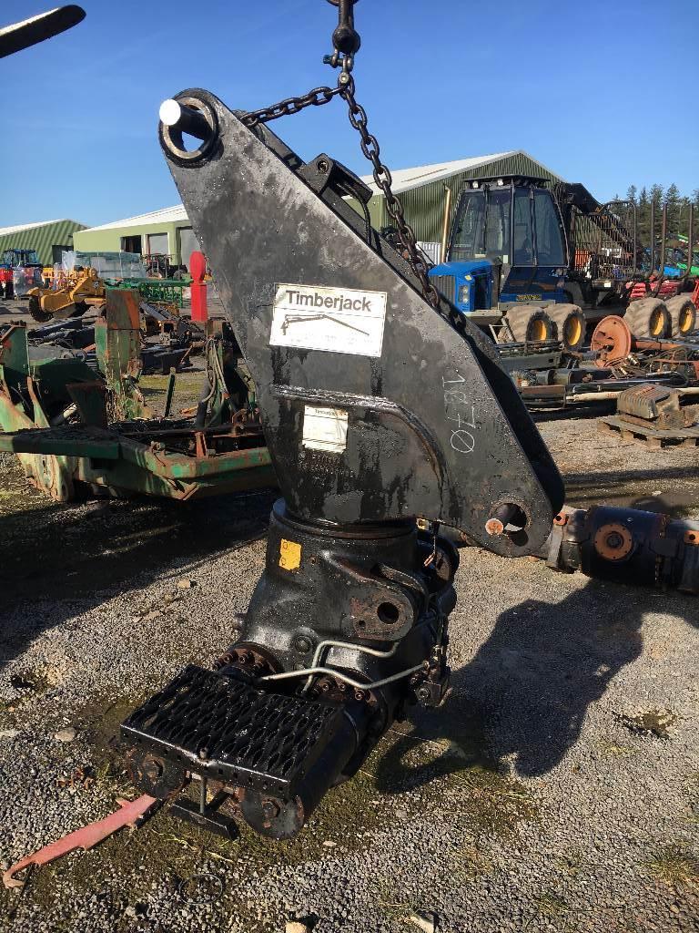 Timberjack 1070 TJ180 crane base