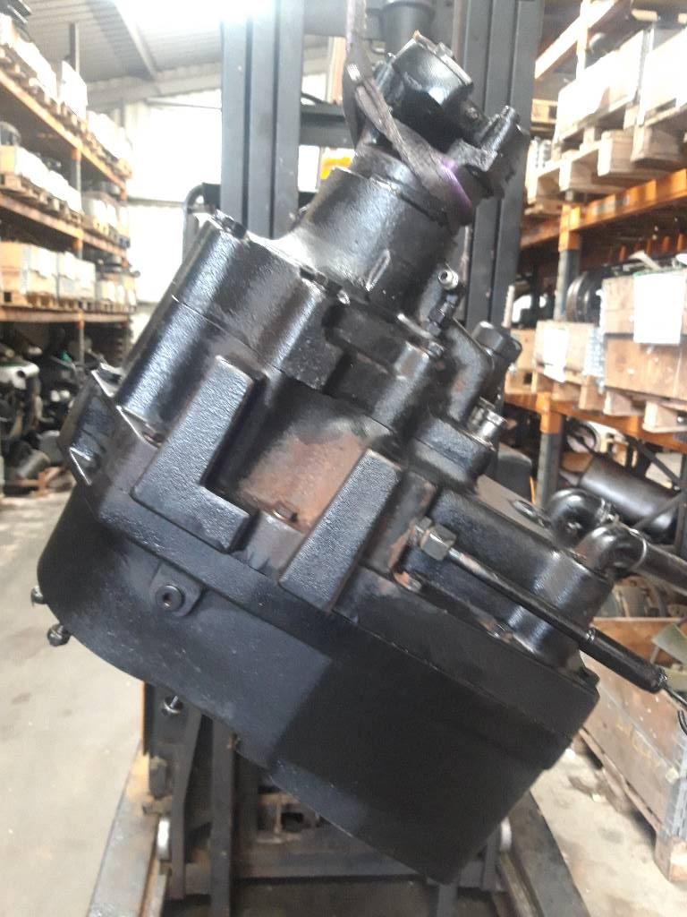 Timberjack 1070d transfer box lok127