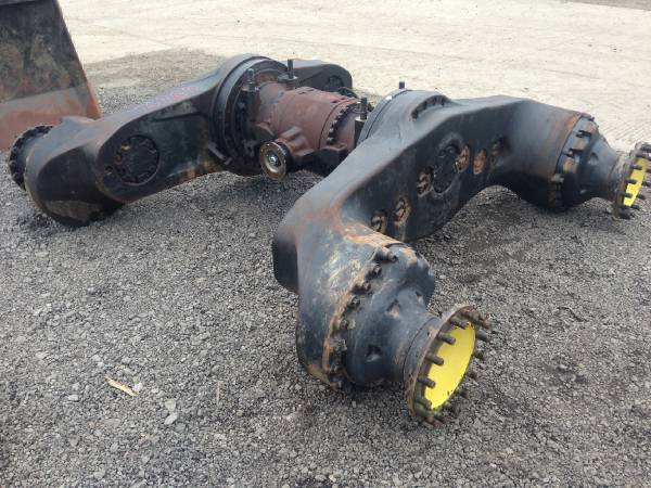 John Deere 1710D Bogie and differential spare parts