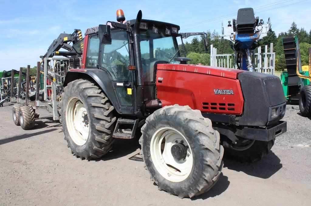 Valtra 8050 Tractor