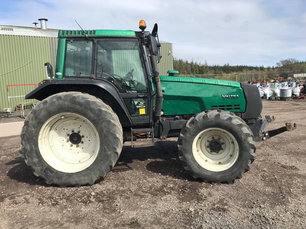 Valtra 8150 Tractor