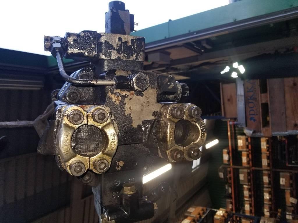 Timberjack 1110C Hydraulic transmission pump Pump