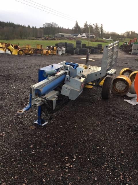 Binderberger 30T Trailed Horizontal Log Splitter