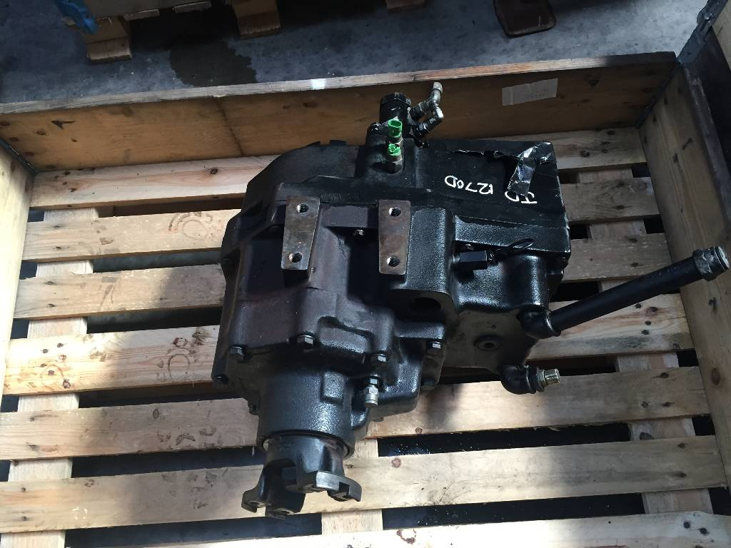 John Deere NAF Transfer box LOK 87 4 F065545