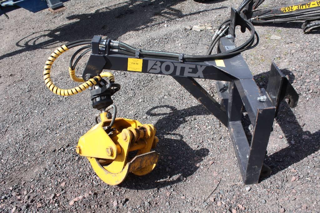 Botex Front telehandler grab attachment