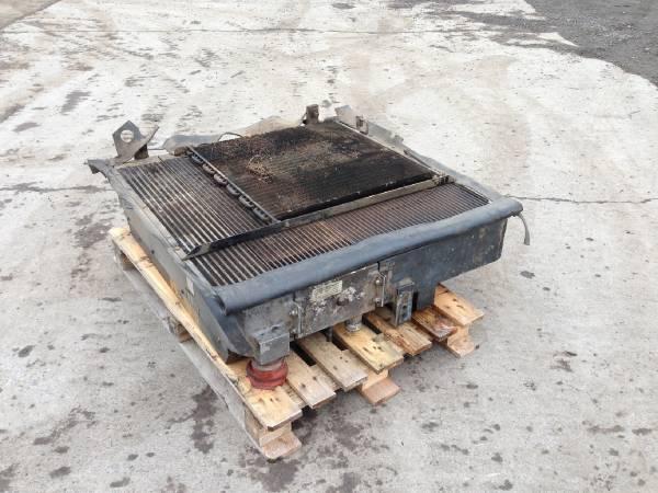 John Deere 1470D Radiator / all oil coolers